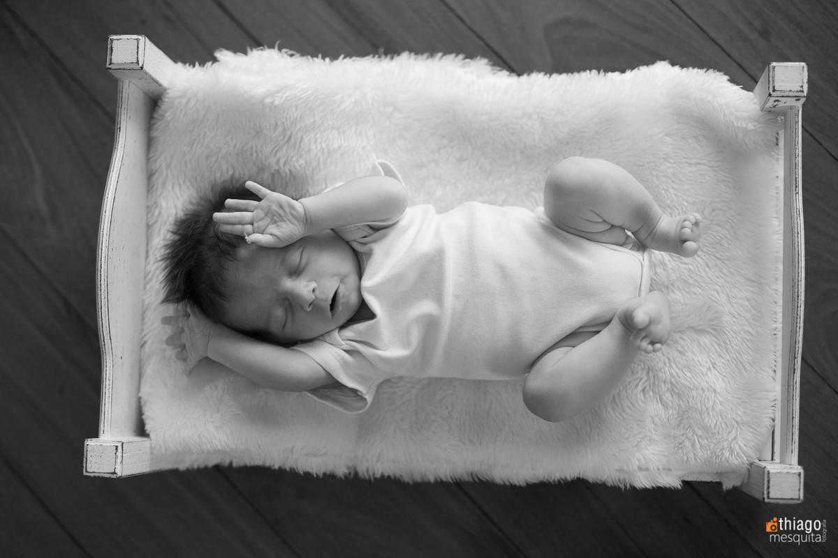 espreguiçando, newborn, recém nasido, adriana mesquita, uberlândia