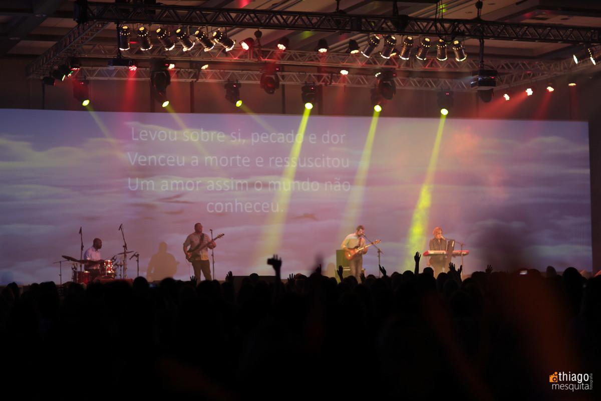 banda Christie Tristão louvor e adoração