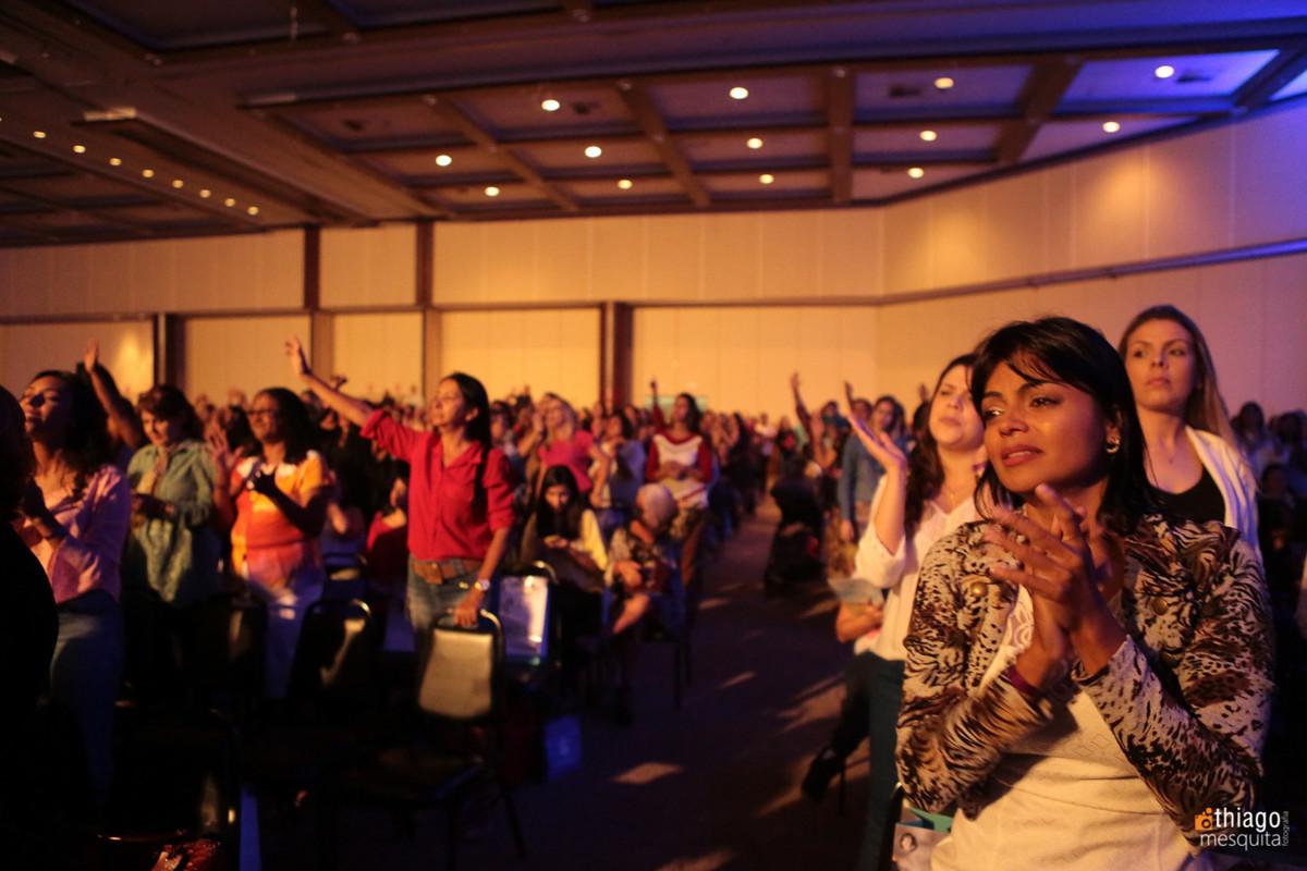 mulheres cheias do espírito santo