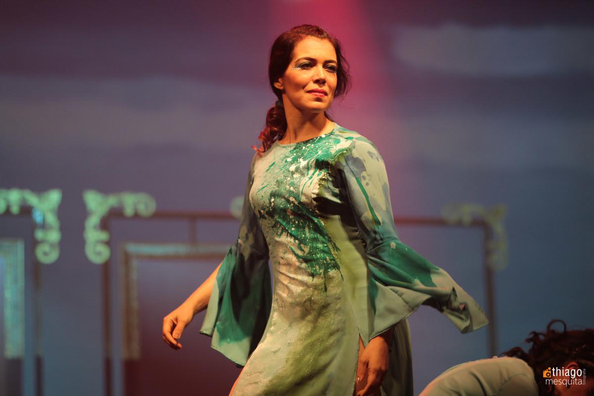 Daniela dança e teatro mulheres águias 2016