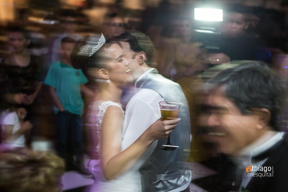 paning com casal na pista de dança