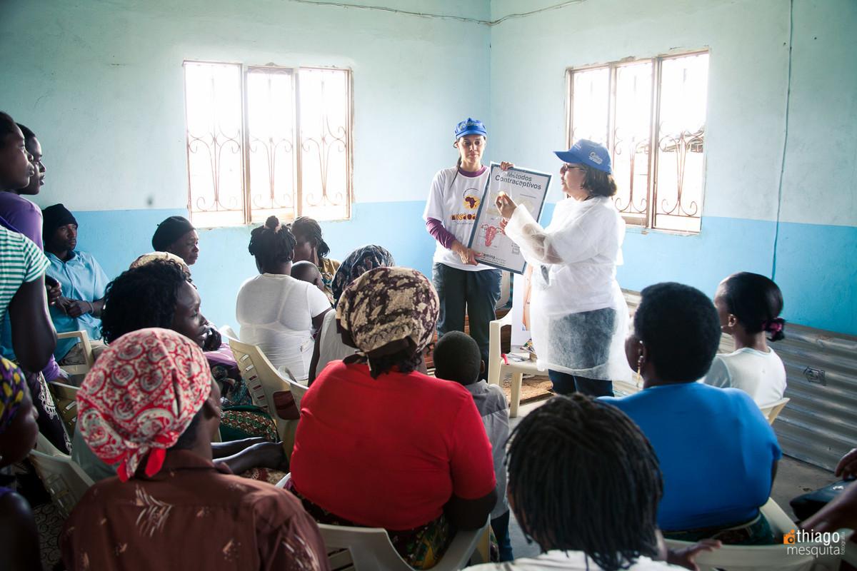 educação e ensino para mães e pais africanos