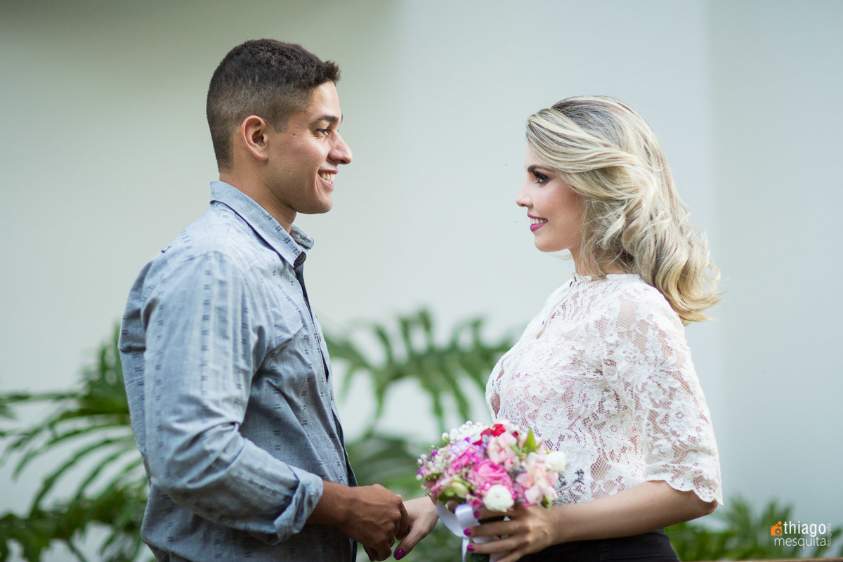 pré wedding em uberlândia fotos na rua karaíba - thiago mesquita