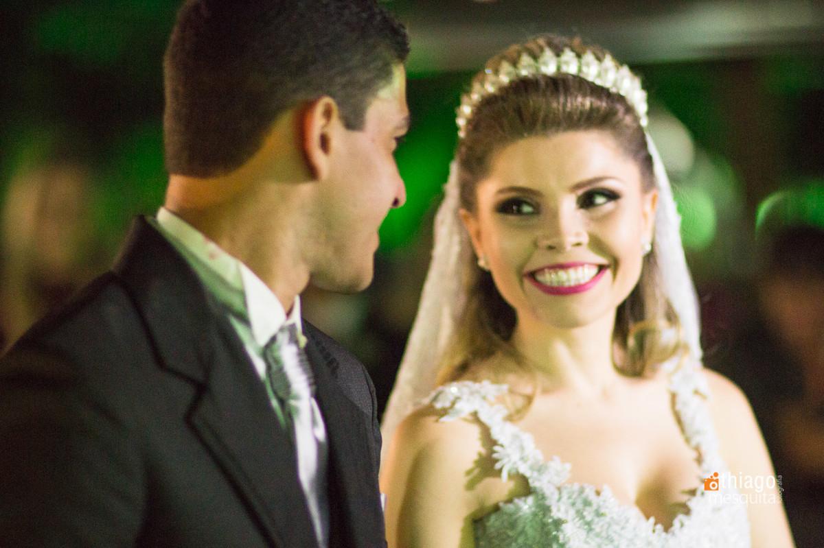 olhar entre os noivos. Thiago Mesquita. Uberlândia