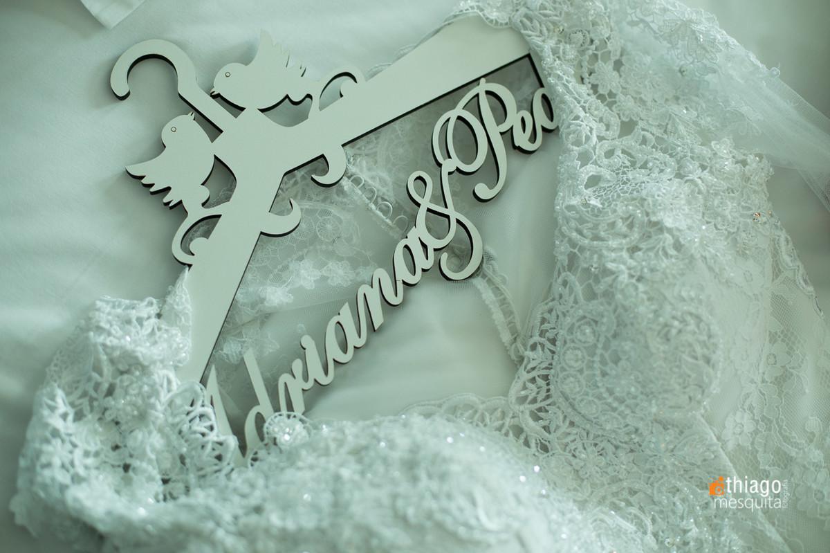 cabide personalizado para casamento