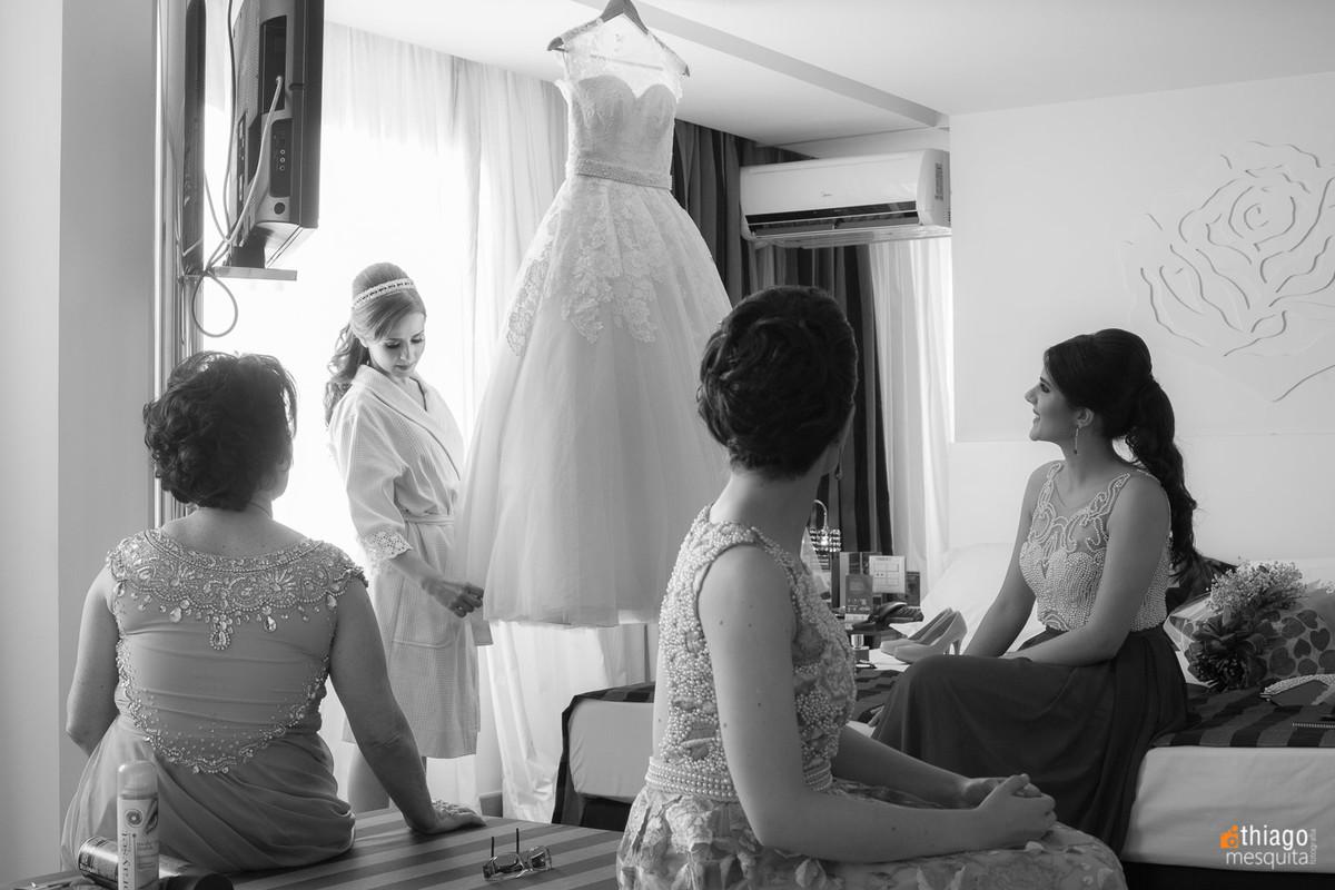 noiva e familia no hotel presidente