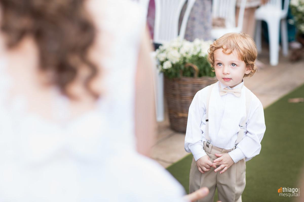 pajem ruivo de olhos azuis - casamento em uberlândia no villa alvim