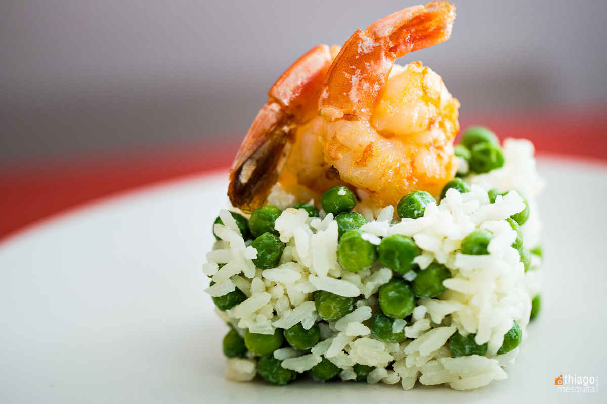 fotografia de alimentos - los gourmets - thiago mesquita - uberlândia - arroz com camarão e ervilha