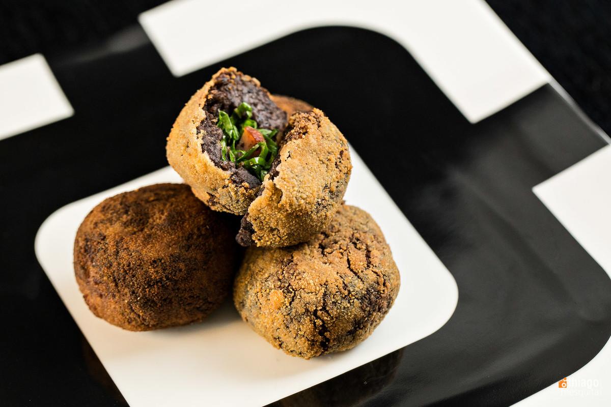 fotografia de alimentos - los gourmets - thiago mesquita - uberlândia bolinho de feijão