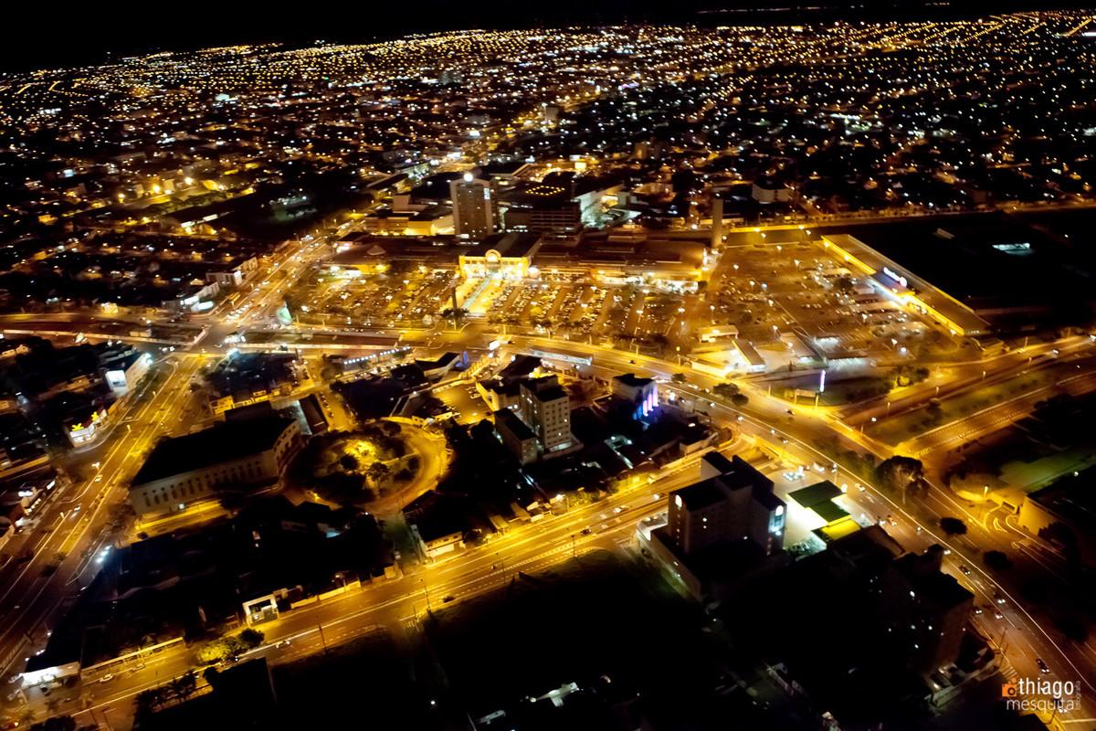 foto aérea de uberlândia por Thiago Mesquita