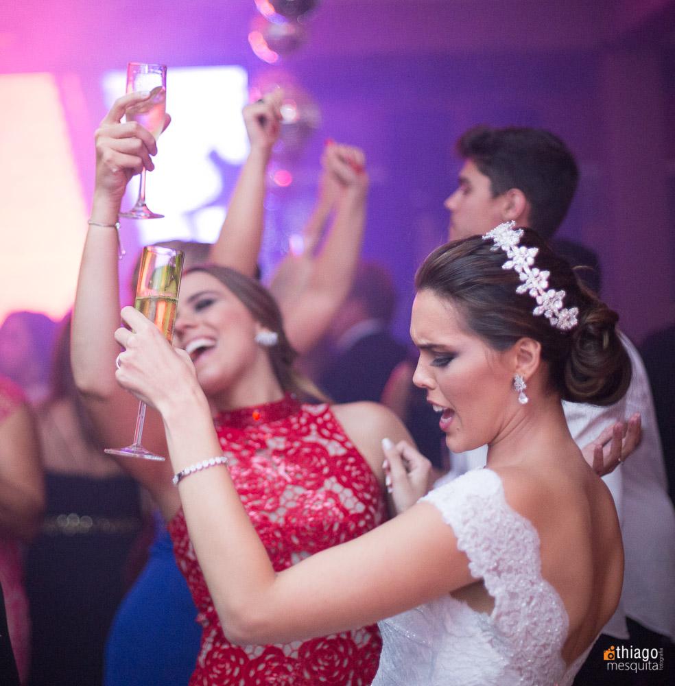 comemoração da noiva na festa de recepção de casamento