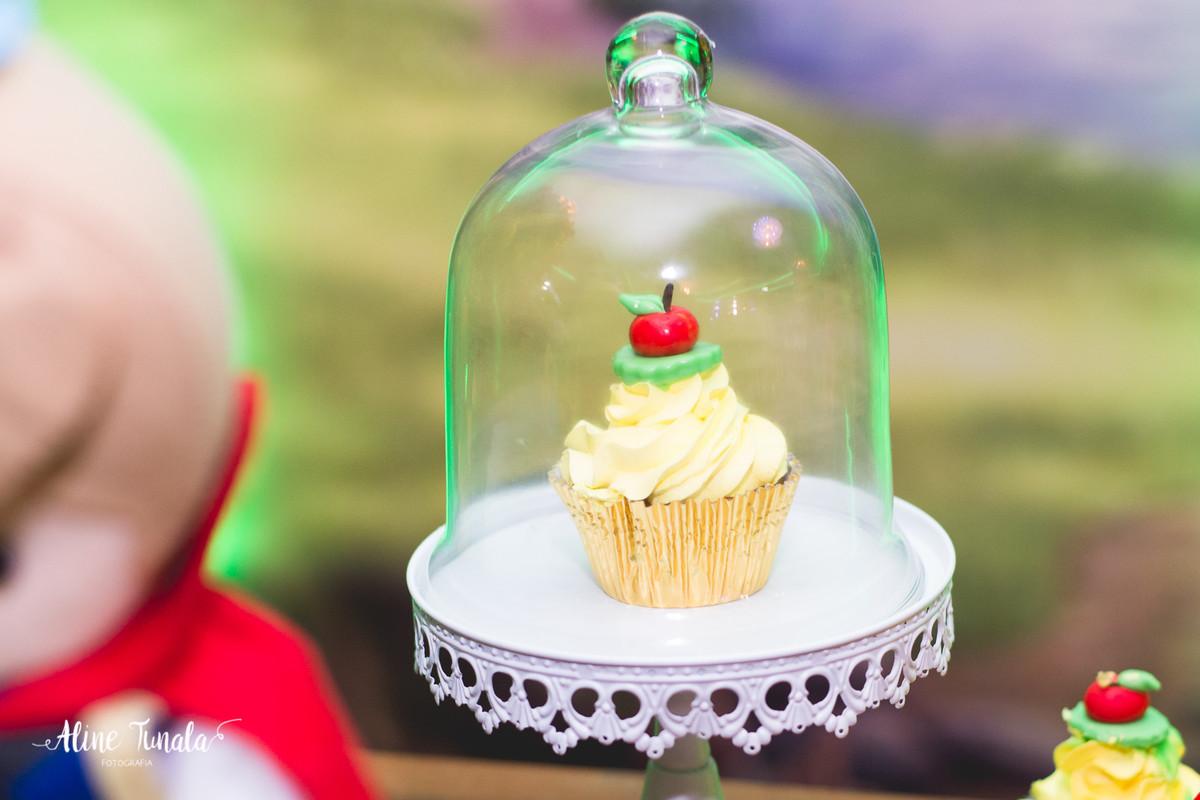 aniversário infantil, branca de neve, aniversário branca de neve, 2 anos, fotografia infantil, fotografia de aniversário, cachoeiro de itapemirim, mimos e delicias