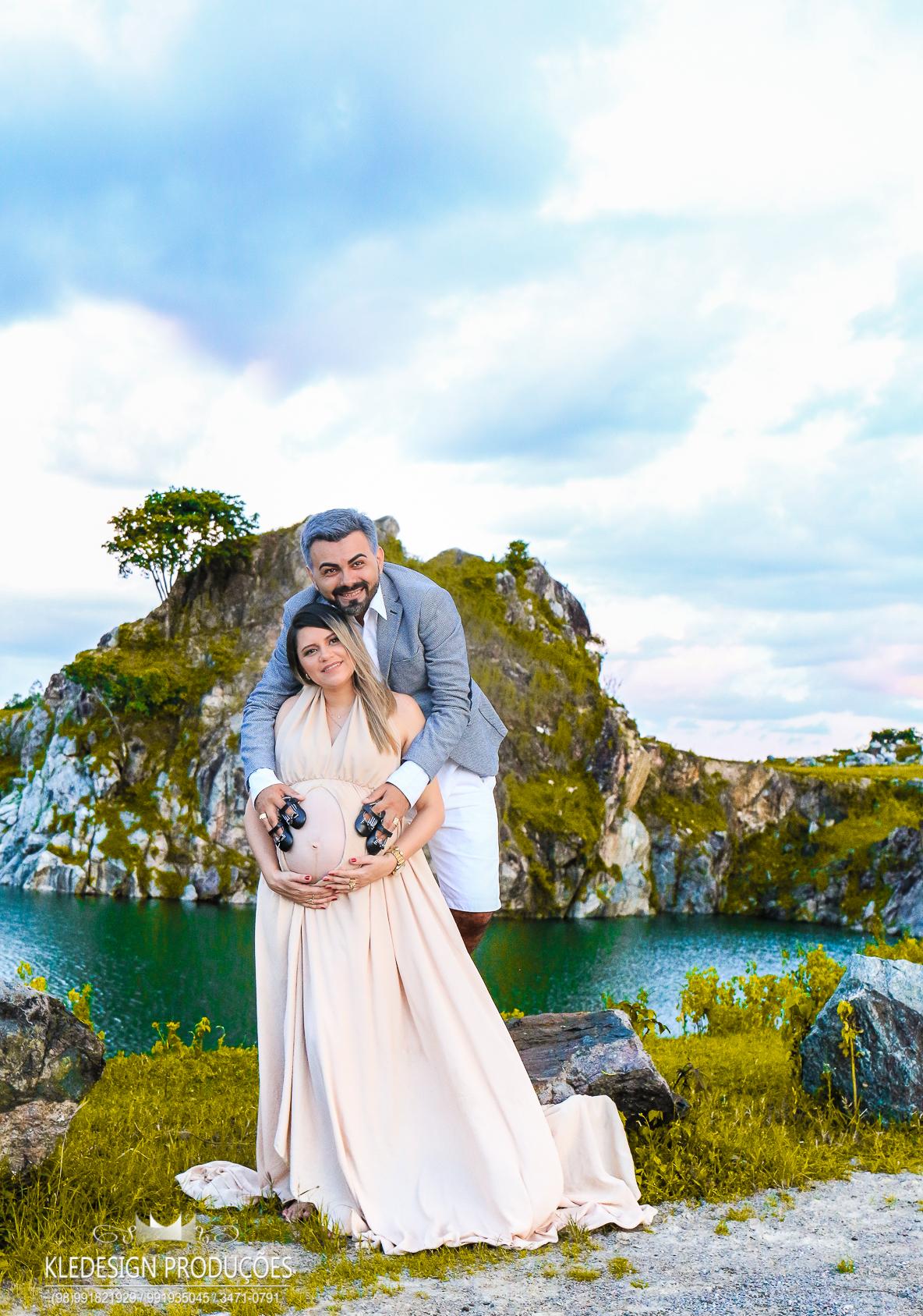 Foto de Pastora Silvía + Pastor Makson = Ana Flor e Maria Bela