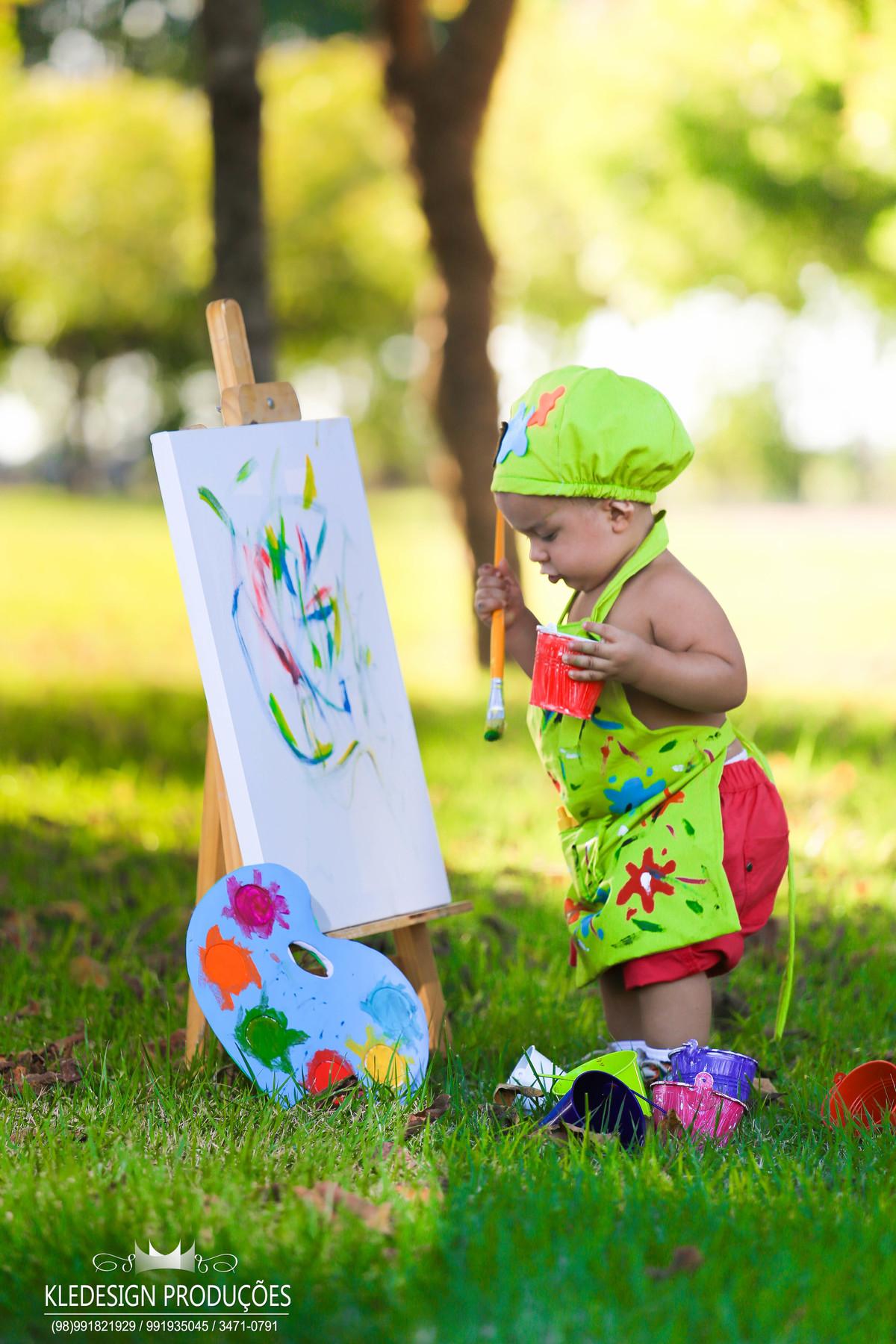 Foto de Hiago pintando o 7