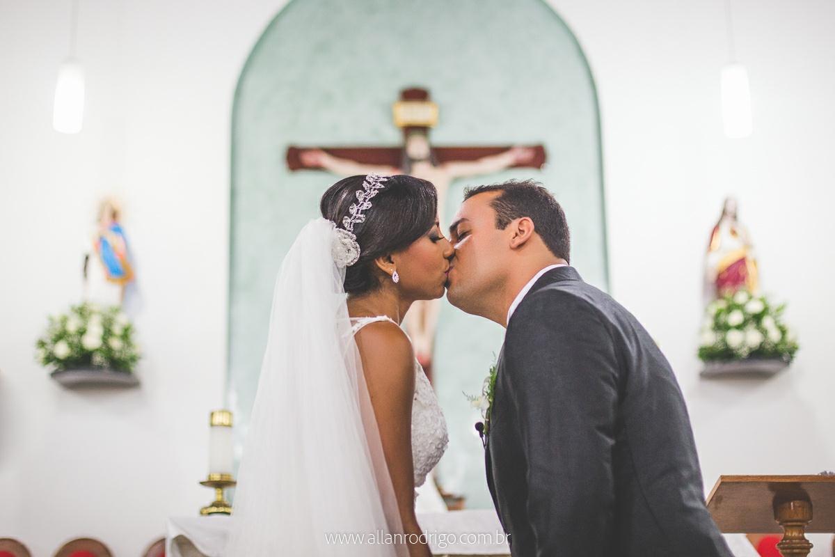 weddingday,weddingsergipe,casamento em aracaju,fotografo de casamento aracaju,fotografia de casamento em aracaju, casamento em aracaju, aracaju, sergipe,noiva, noivo,amor,orçamento fotografia de casamento em aracaju,making of da noiva,beijo da noiv