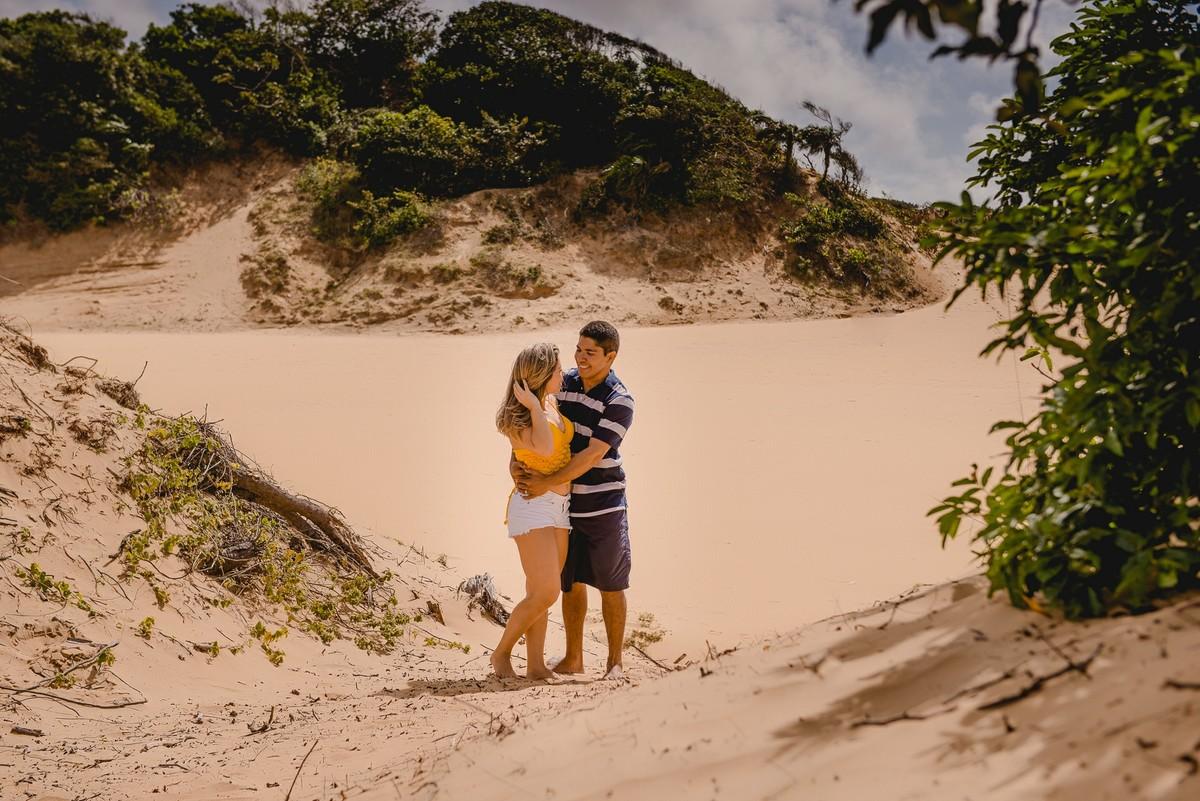 ensaio casal,ensaio aracaju, fotografo de casamento aracaju, fotografo de ensaio em aracaju,casal,amor,lagoa redonda,sergipe,pirambu,diversao,ensaio divertido,allan rodrigo fotografia, pré wedding