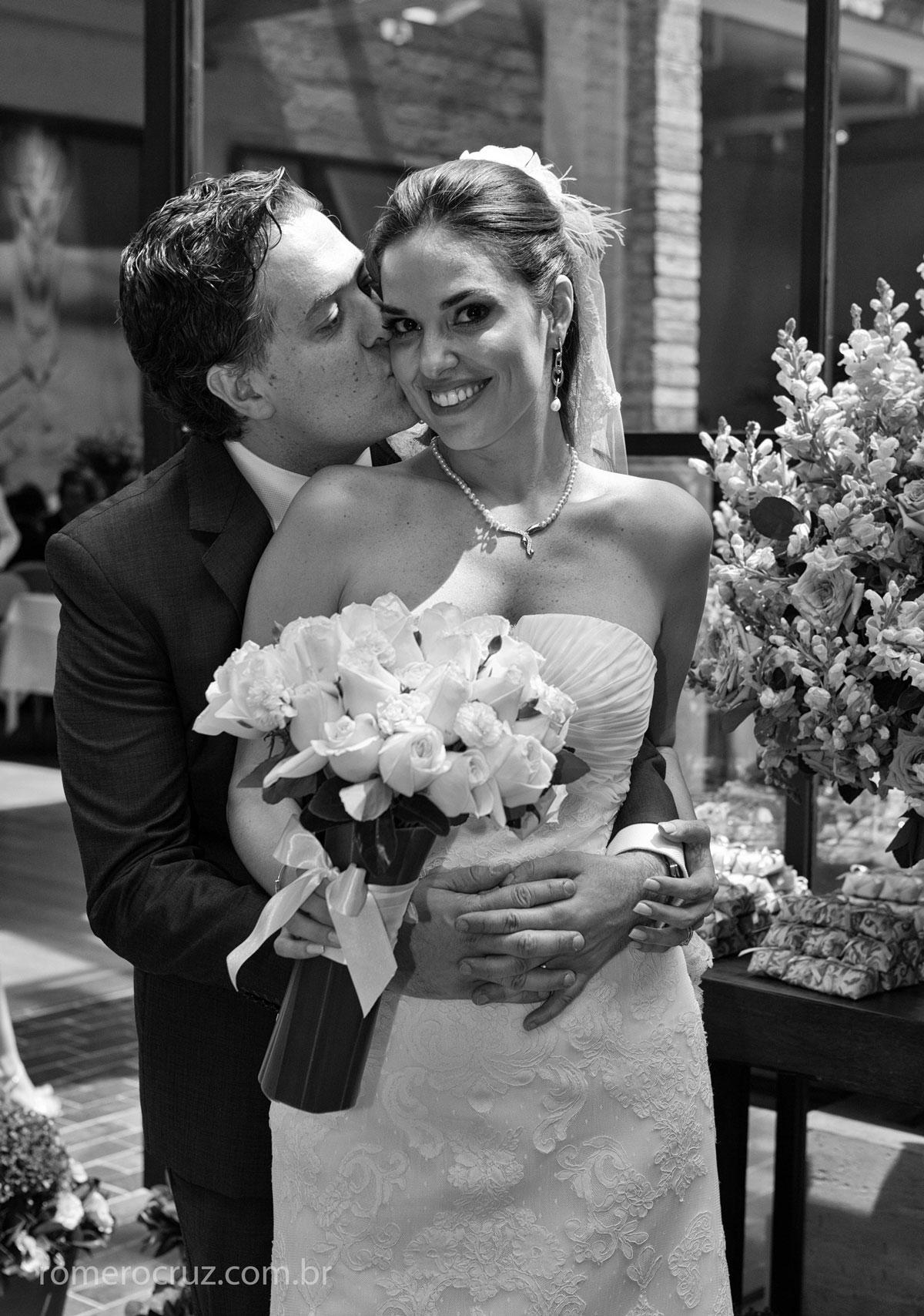 Ensaio fotográfico de casamento pelo fotógrafo Romero Cruz