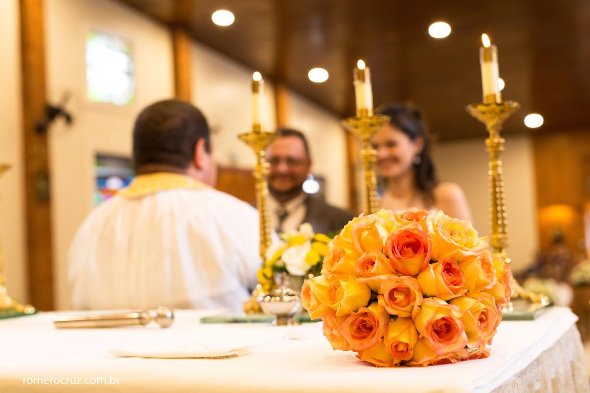 Foto do detalhe do bouquet da noiva