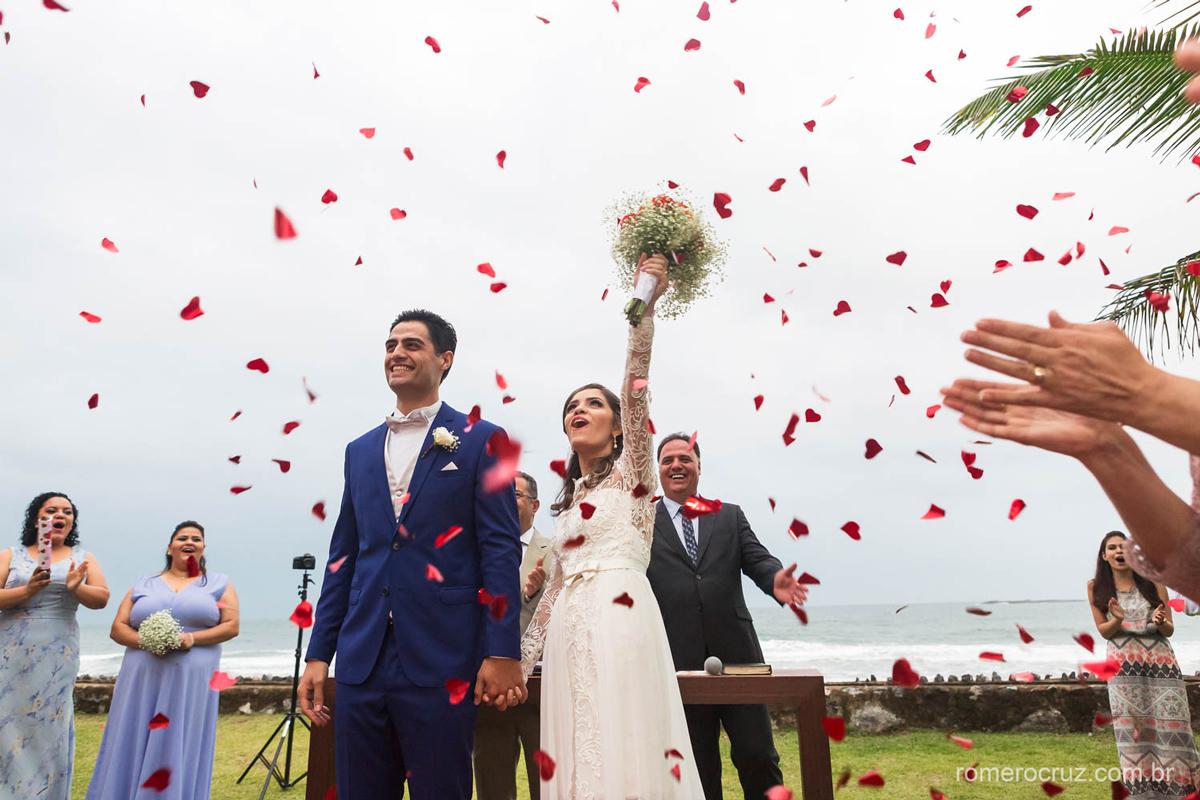 Fotografia que sejam felizes para sempre no casamento de Gabriela e Renan na fotografia do fotógrafo Romero Cruz