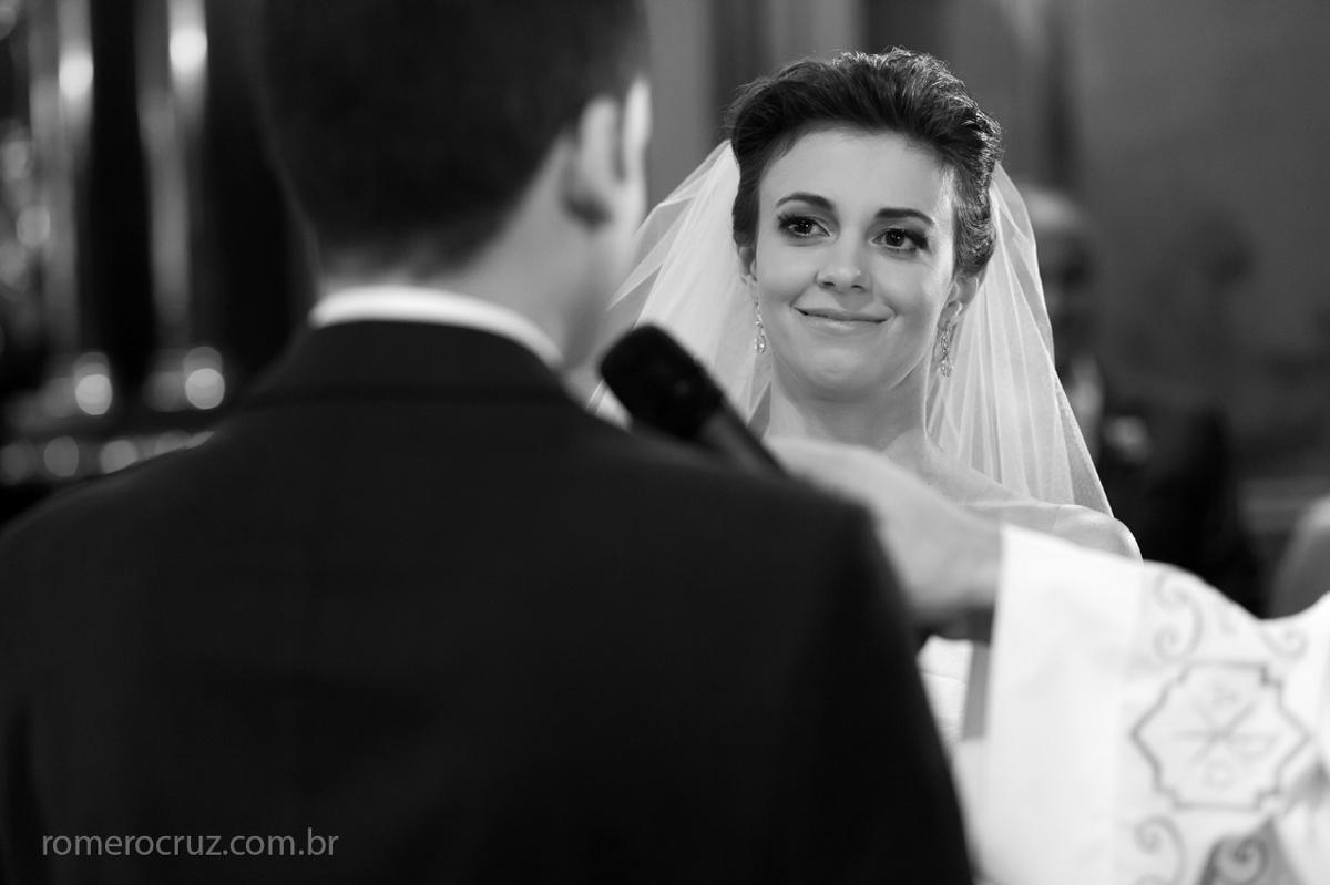 Foto do sim do noivo em casamento fotografado pelo fotógrafo Romero Cruz
