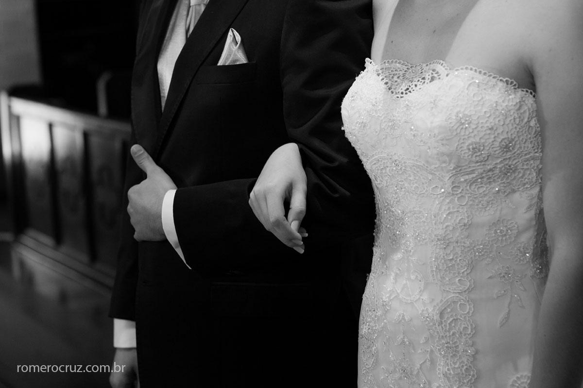 Detalhe dos noivos em casamento na Catedral Anglicana de São Paulo-SP