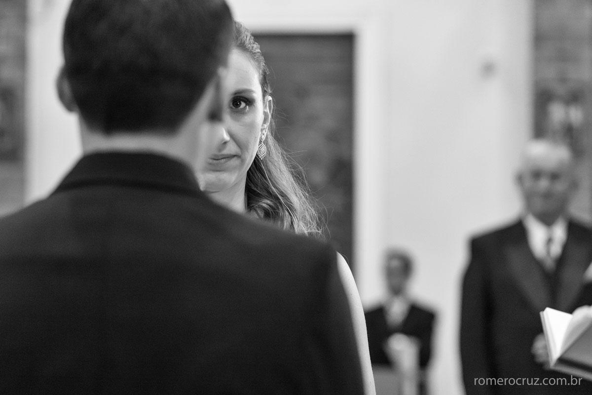 Uma explosão de emoção e felicidade nessa fotografia da noiva Mariana Colin