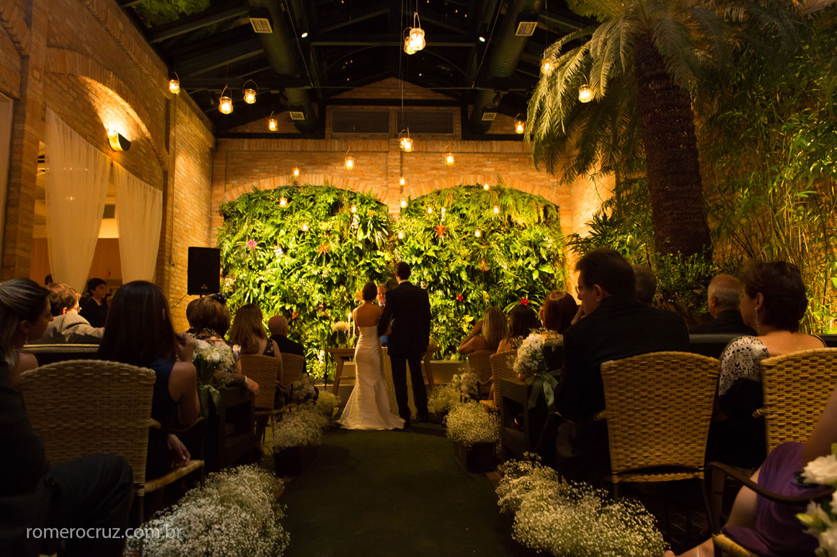 Decoração de casamento no lindo espaço reservado para casamento no restaurante Cantaloup