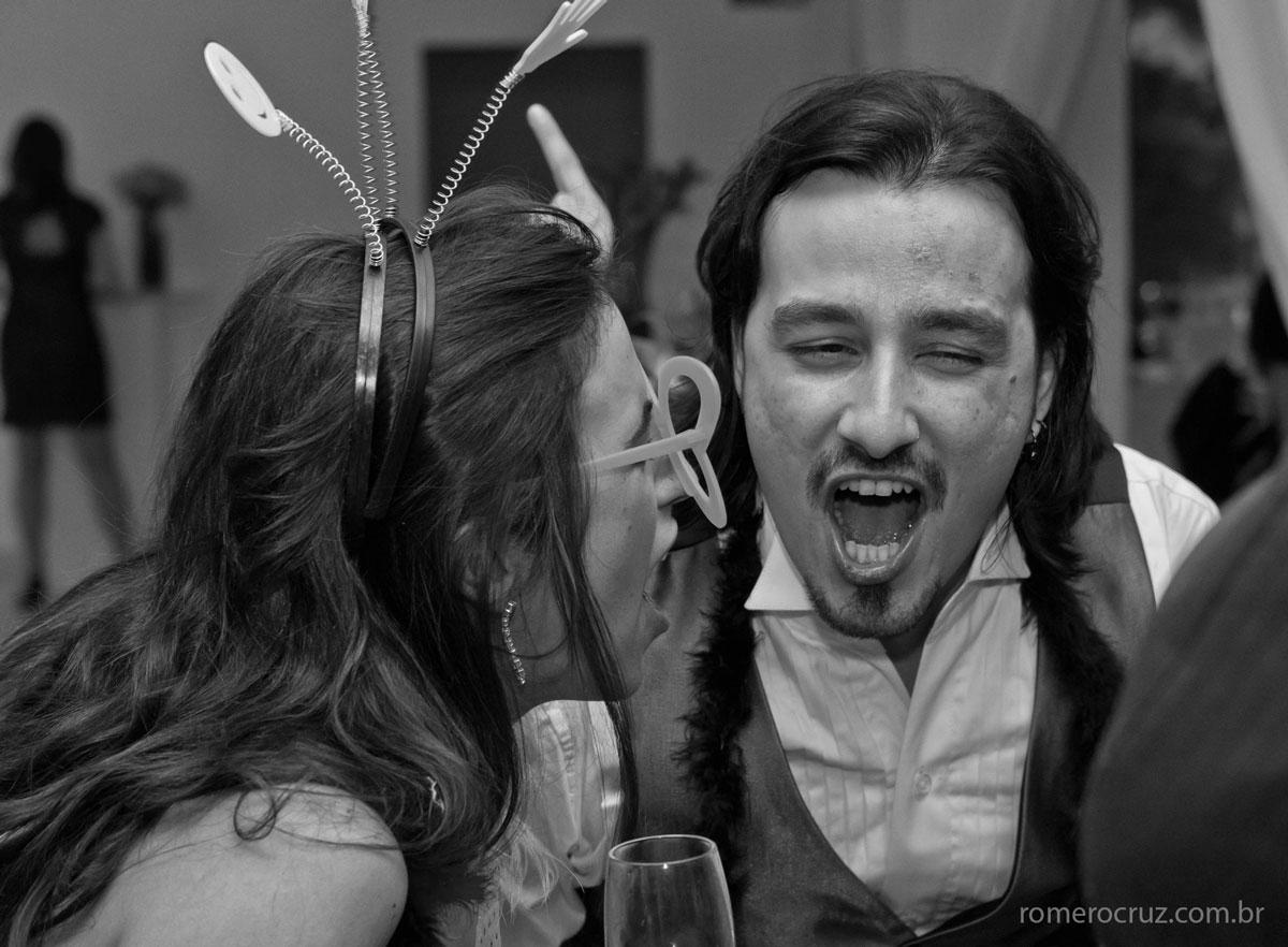 Festa empolgante do casamento dos noivos Natalia e Guilherme fotografado pelo fotógrafo Romero Cruz