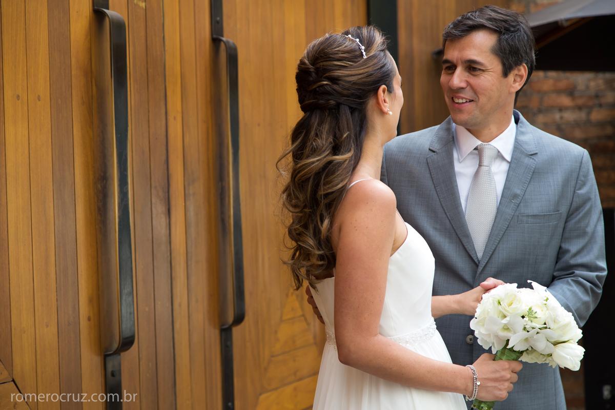 Ensaio fotográfico dos noivos no casamento