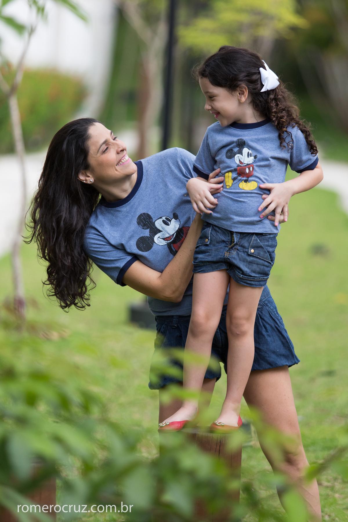 Ensaio de mãe e filha feito pelo fotógrafo Romero Cruz