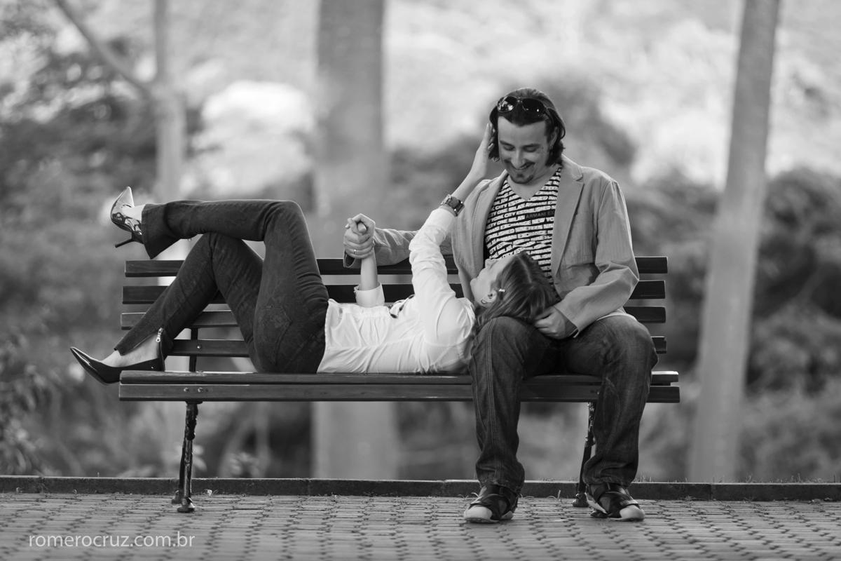 Romero Cruz fotografou o ensaio pré-casamento do casal Natalia e Guilherme no Solo Sagrado da Igreja Messiânica