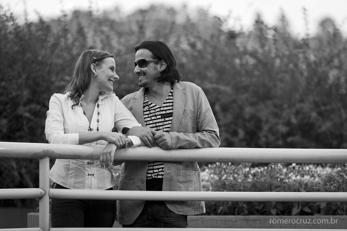 Ensaio fotográfico de casal feito pelo fotógrafo Romero Cruz