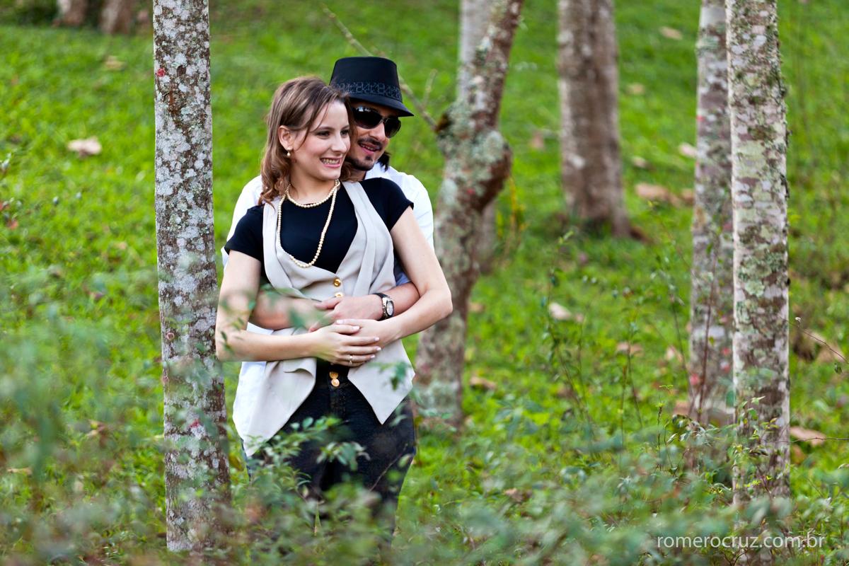 Ensaio de casal de noivos pré-wedding realizado por Romero Cruz
