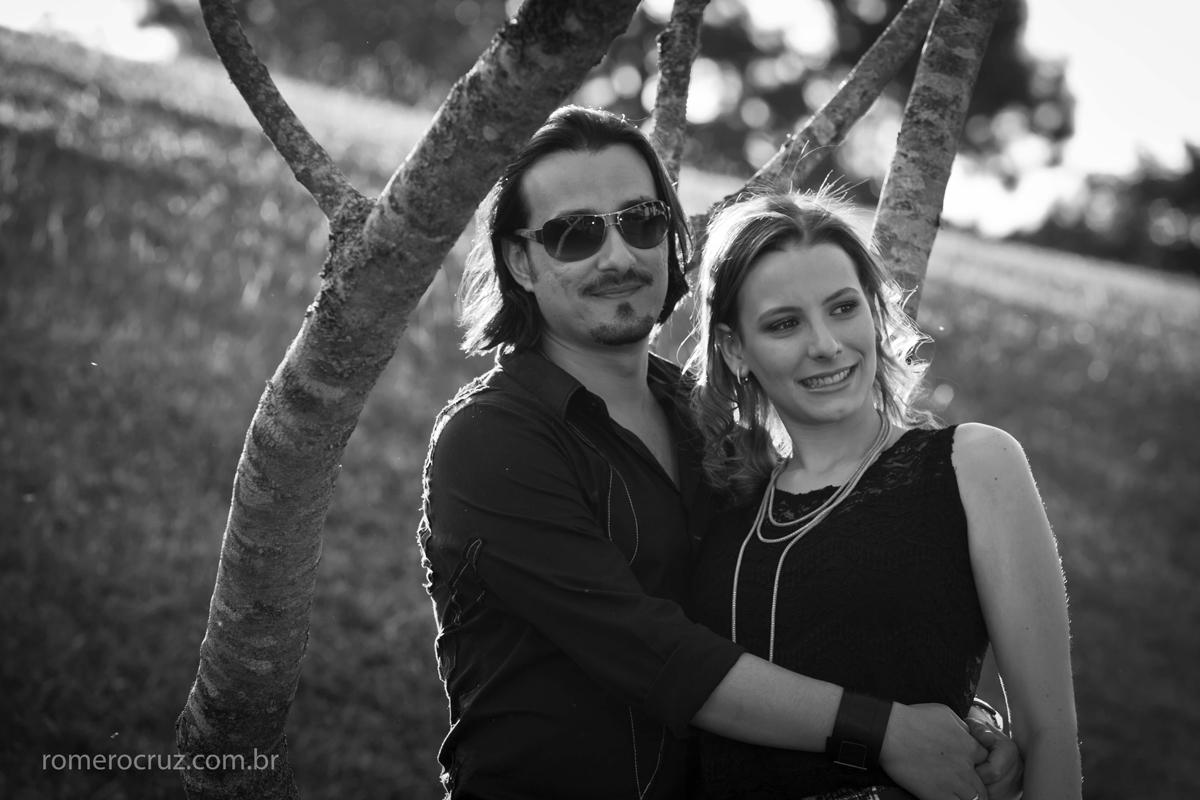 Casal de noivos Natalia e Guilherme fotografado por Romero Cruz