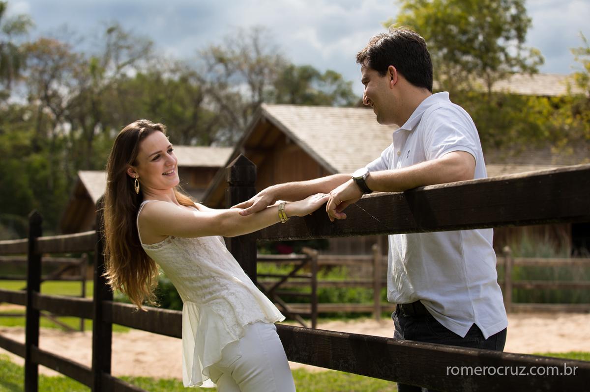 Ensaio fotográfico pre-wedding realizado pelo fotógrafo Romero Cruz