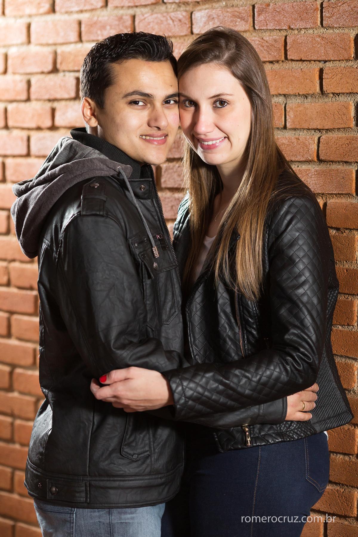 Ensaio pré-casamento dos noivos Mariana e Hosman fotografado pelo Fotógrafo Romero Cruz