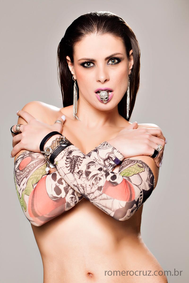 Ensaio de beleza da modelo Raquel Freire