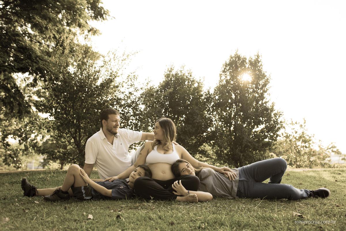 Fotografia de família feita pelo fotógrafo Romero Cruz