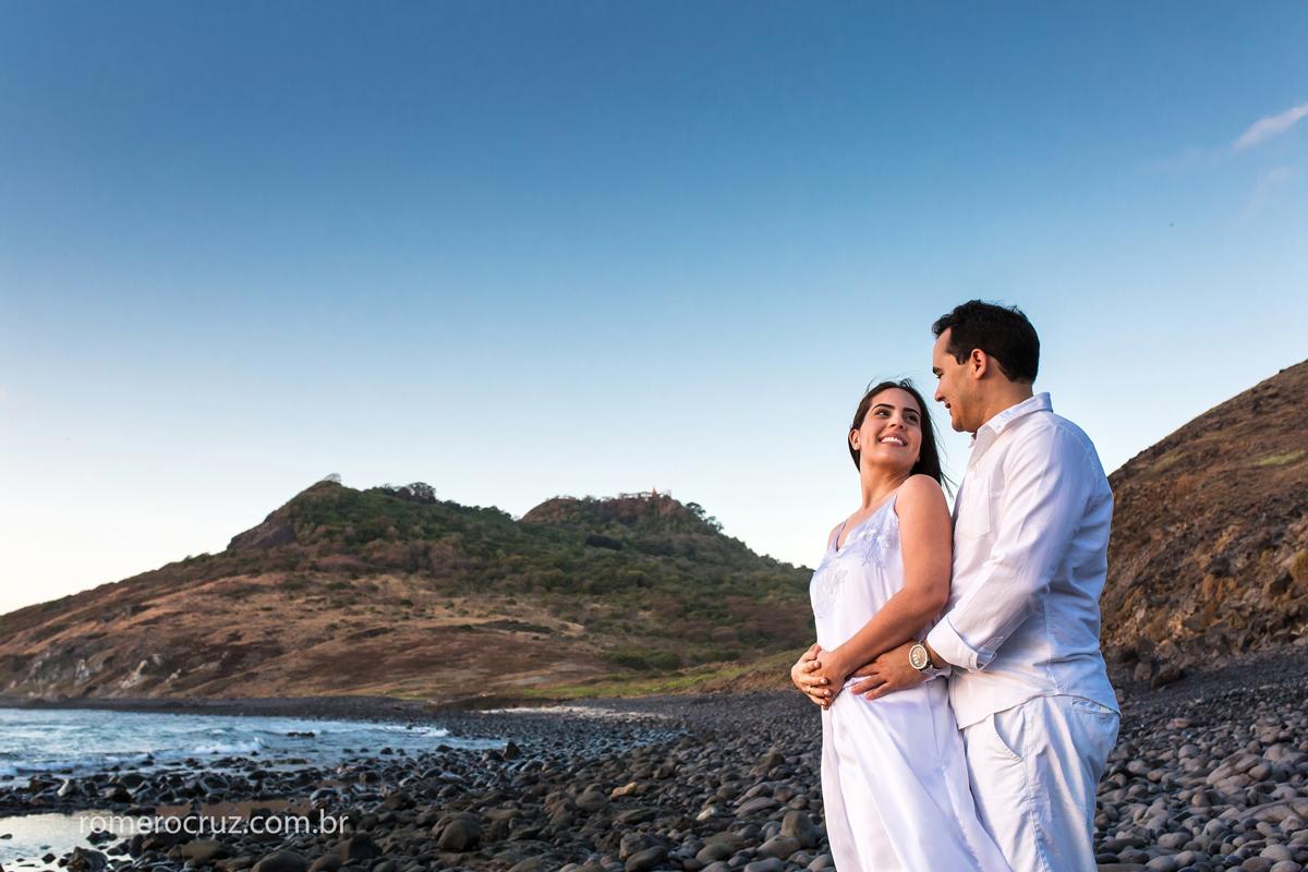 Casal de noivos Mariana e Anderson escolheu o fotógrafo Romero Cruz para realizar o ensaio fotogreafico em Fernando de Noronha