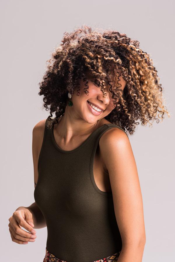 Ensaio fotográfico da bela modelo Ozanah Ferreira fotografada por Romero Cruz