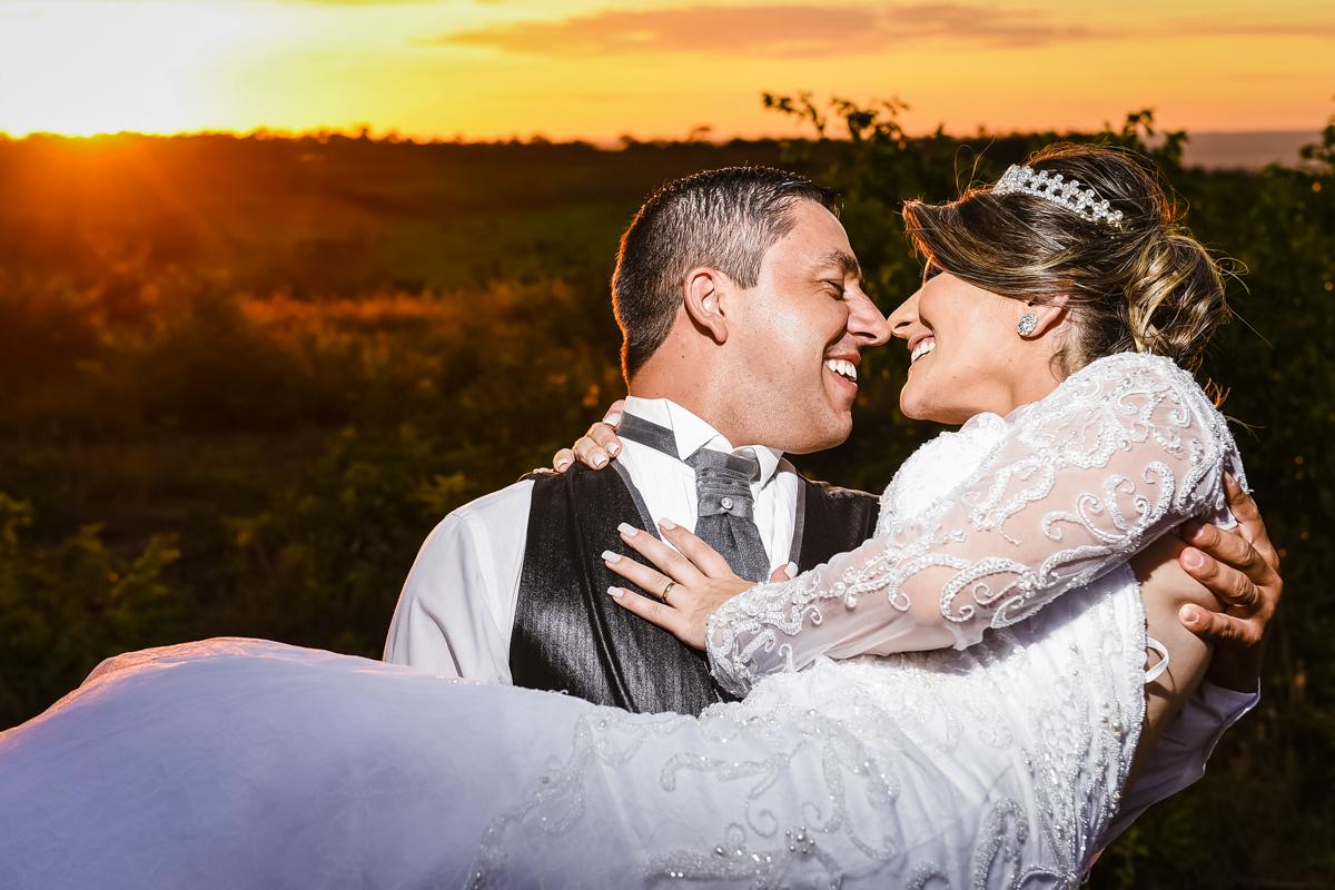 Casamento Lenizy e Juninho, Rio Paranaíba-MG, Noivas, casais, noivado, Wellington Guimarães Fotografias