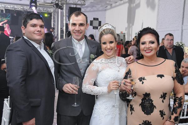 Foto de MARIA EUGÊNIA E IGOR