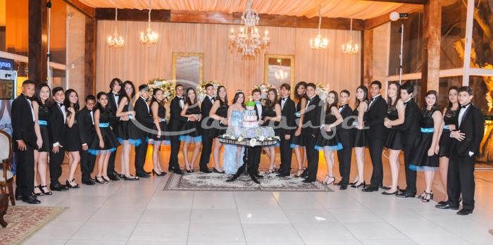 Foto de 15 ANOS DE THAYNARA