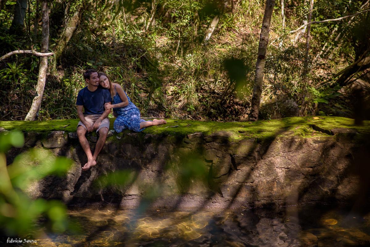 chamego na cachoeira em cima do musgo Vargem Grande Florianopolis
