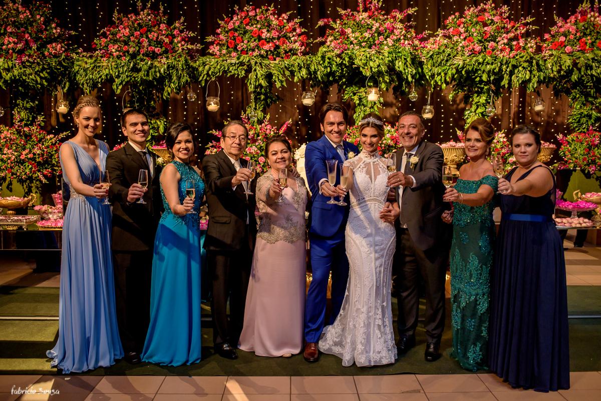 foto do brinde na mesa de doces Decora Belem casamento no Estação das Docas