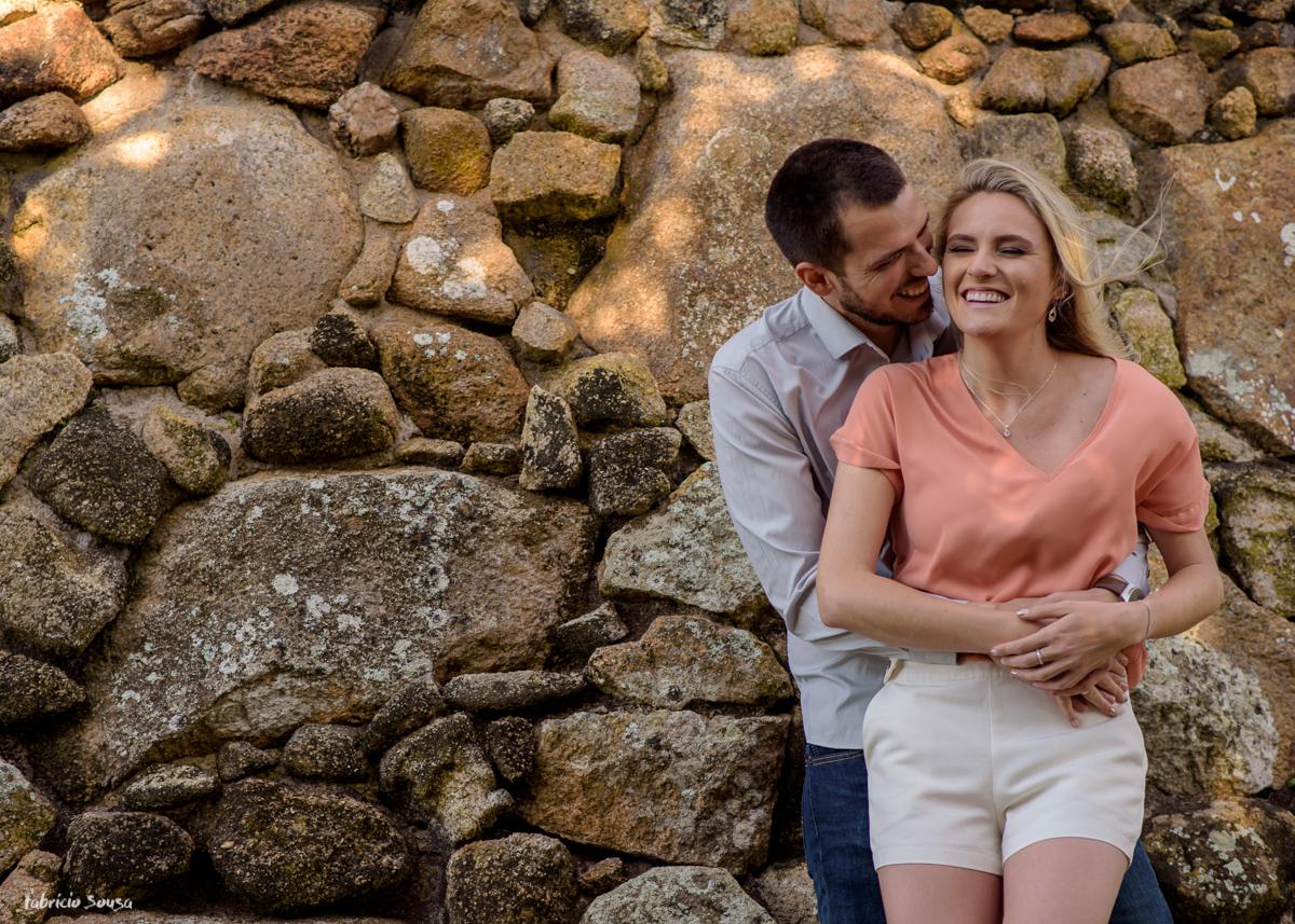 ensaio pre-casamento na praia do Forte em Florianópolis