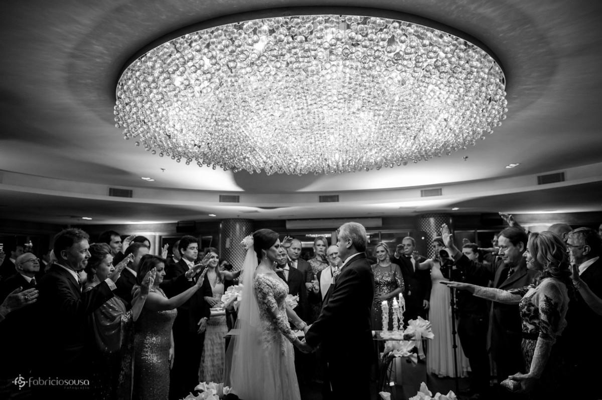 votos dos noivos no salão do The Roof, hotel Majestic em Florianópolis