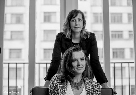 Empresarial de Retratos para Agência Noar - Marina Mosol e Mariana Hinkel Sala