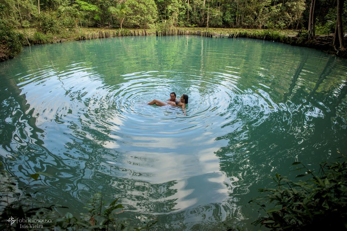 ótimo banho na lagoa azul em Santa Izabel do Pará
