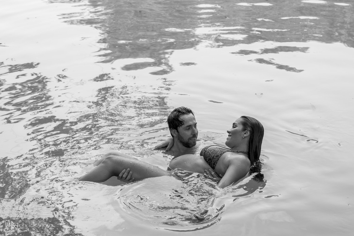 namoro na água na lagoa b